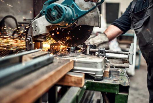 cutting to size aluminox