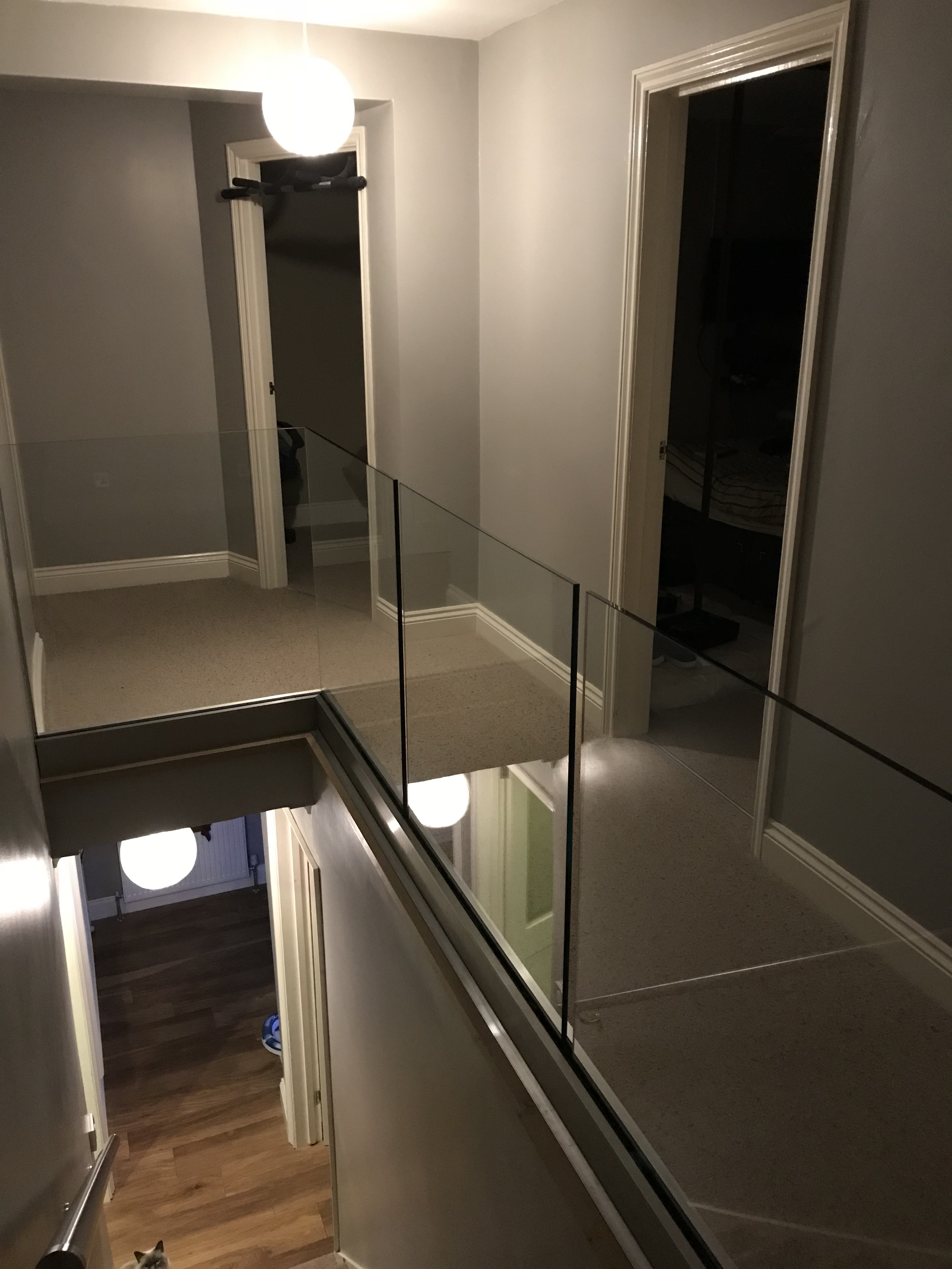 Vantage balustrades supplied there glass balustrade system for this landing area in London