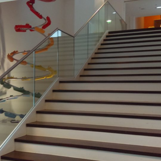aluminox stair balustrade glass