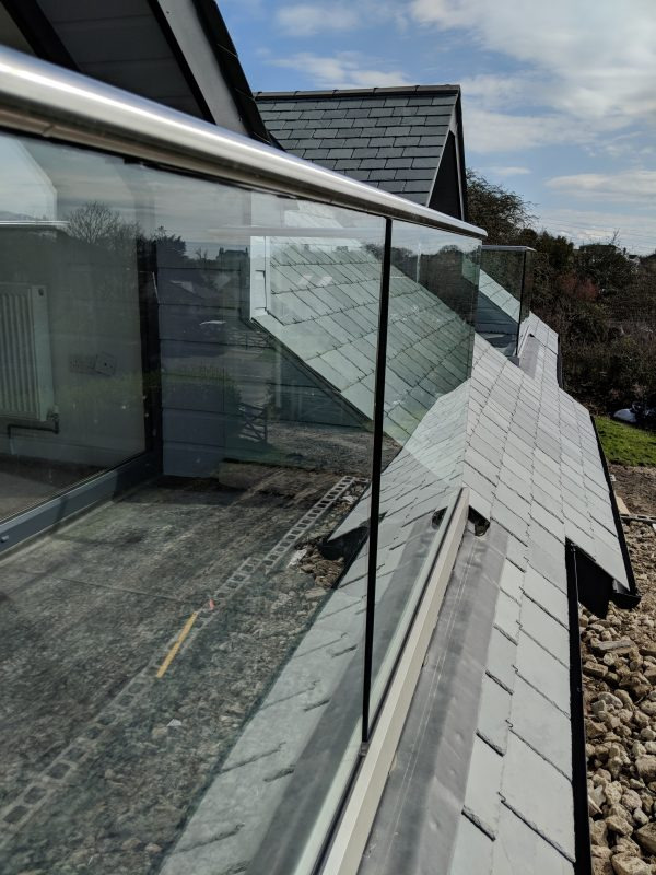 aluminiox Glass balustrade fitted to a dorma balcony